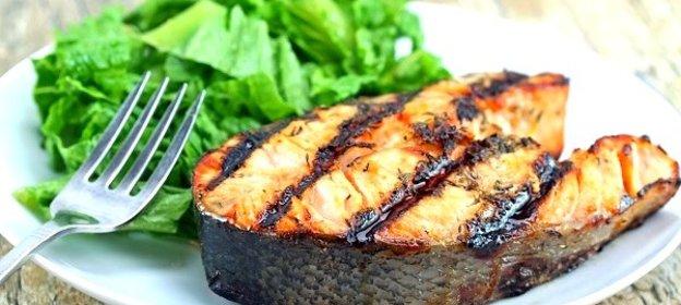 Простой рецепт Румяный стейк из свежей семги!