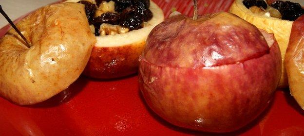 Рецепт вкусных печеных яблок