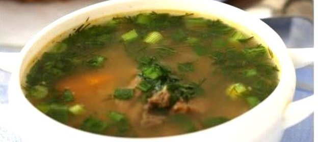 Варим перловый суп с мясом