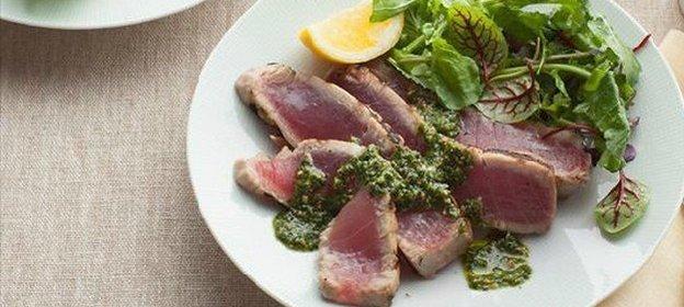 Салат из жареного тунца рецепт