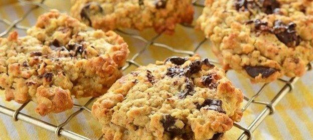 Рецепт вкусного овсяного печенья с изюмом
