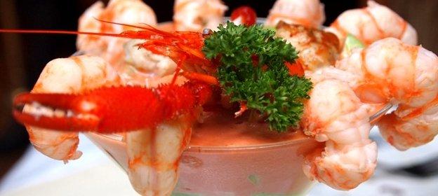 Макароны с морским коктейлем рецепт с фото